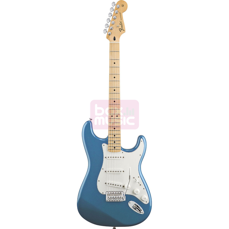 Fender Standard Stratocaster Lake Placid Blue MN